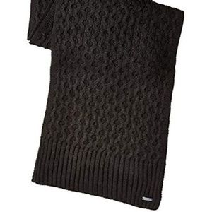 Calvin Klein Honeycomb Cable Knit Scarf Black